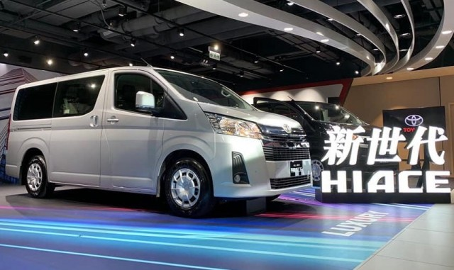 Toyota Hiace_ _4294