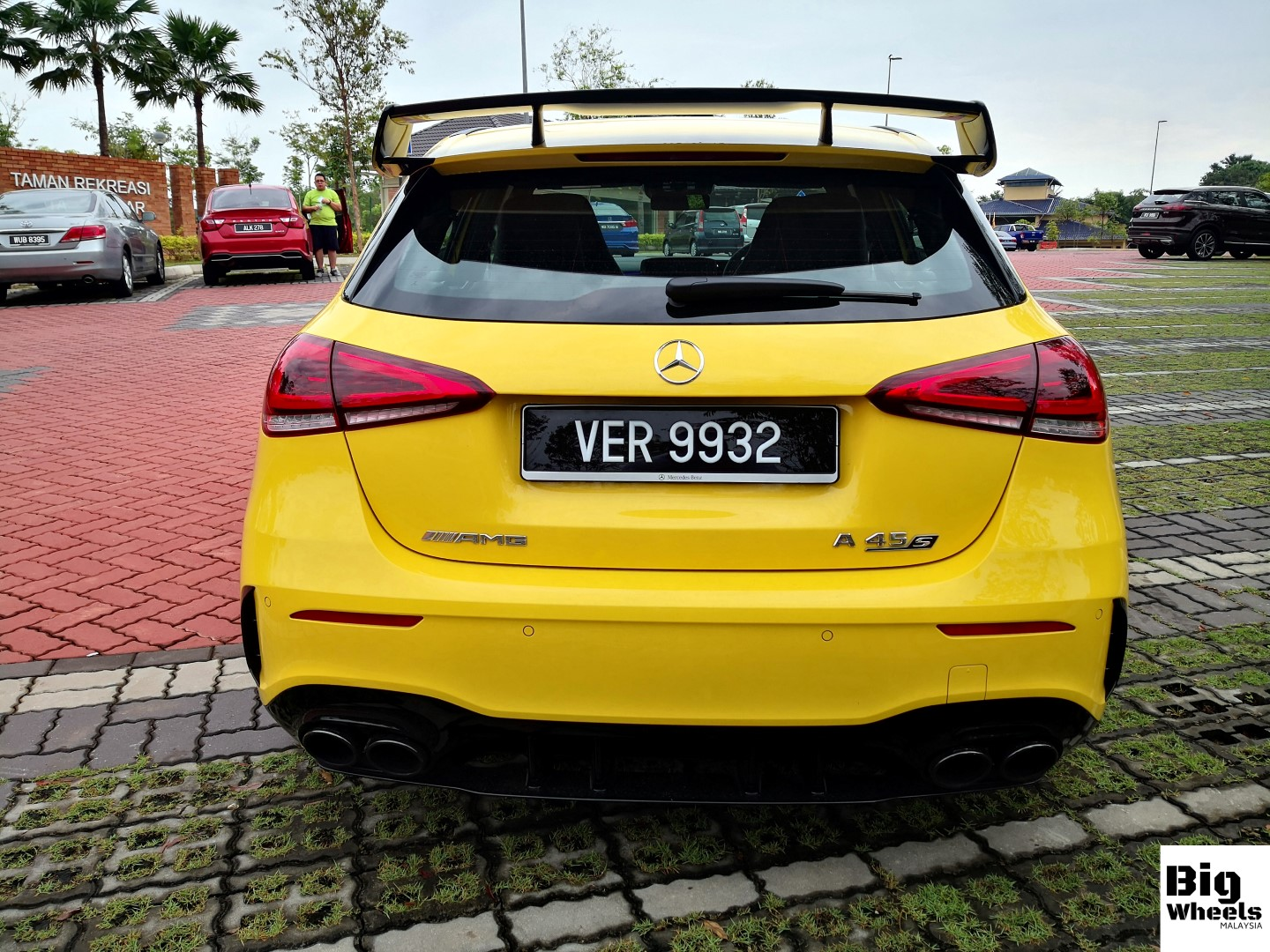 mercedes-amg a45s review rear