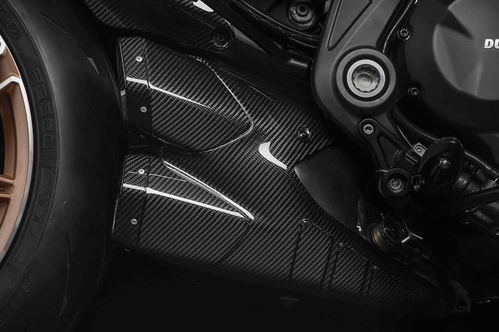 Ducati Diavel 1260 Lamborghini exhausts