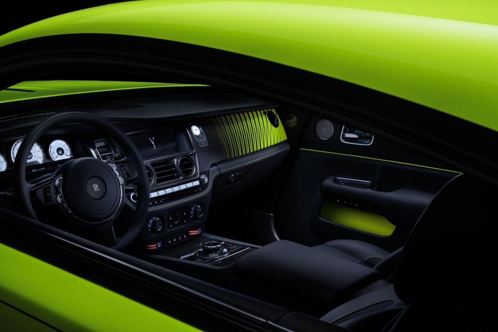 Rolls-Royce Wraith Black badge Neon Nights interior