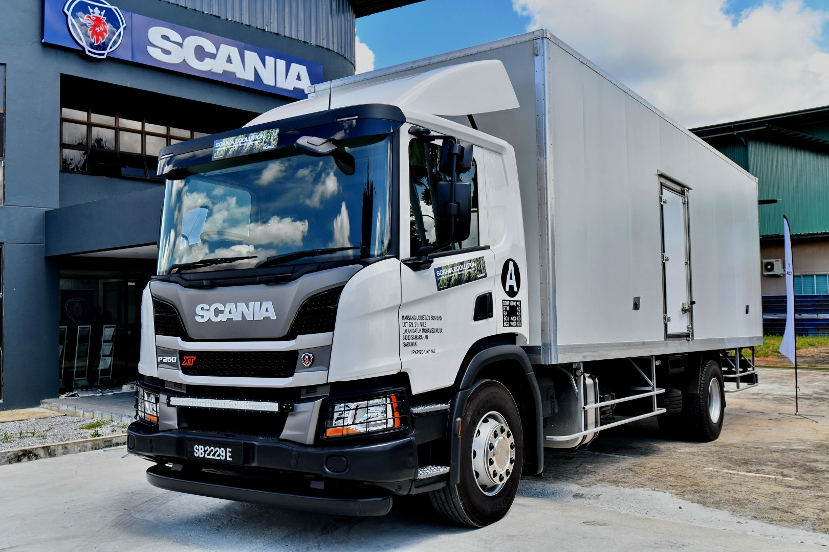 Scania XT refrigerated truck