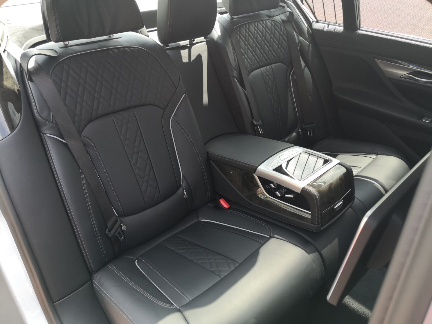 bmw 740le rear seats