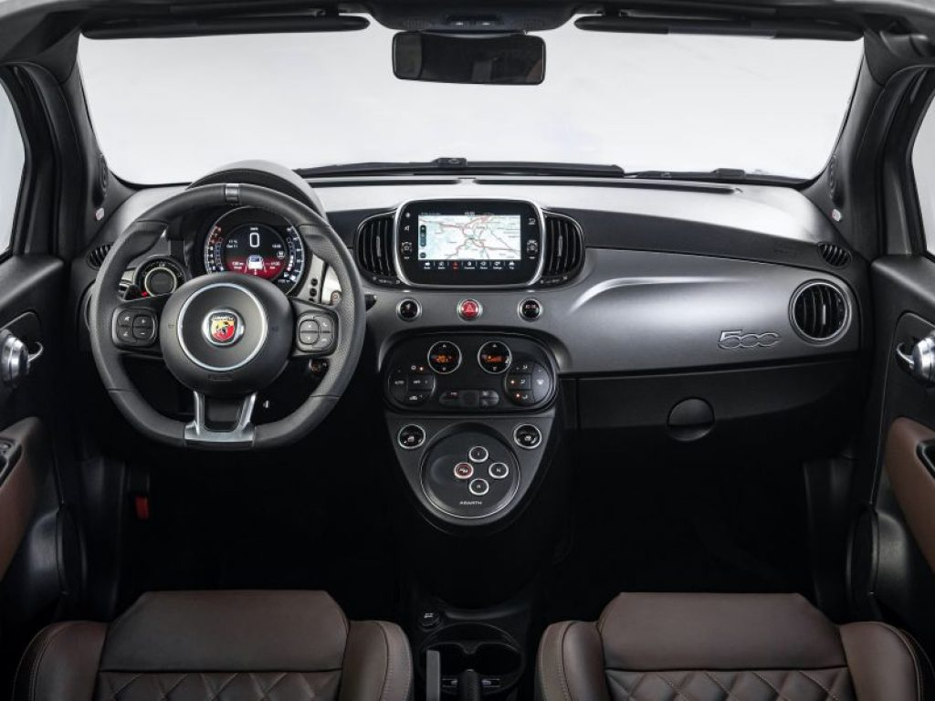 Abarth 595 interior