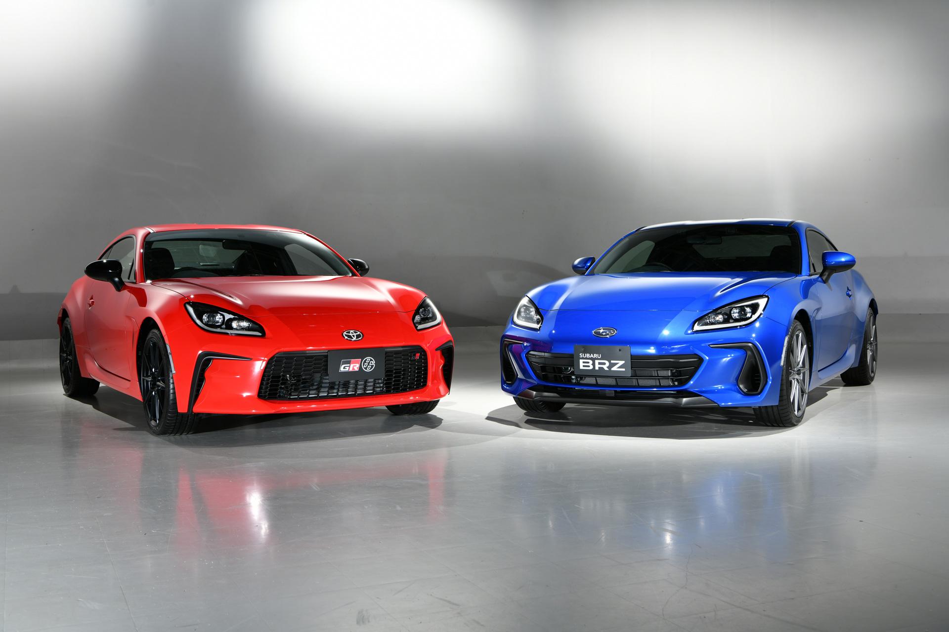 2021 Toyota GR 86 vs Subaru BRZ