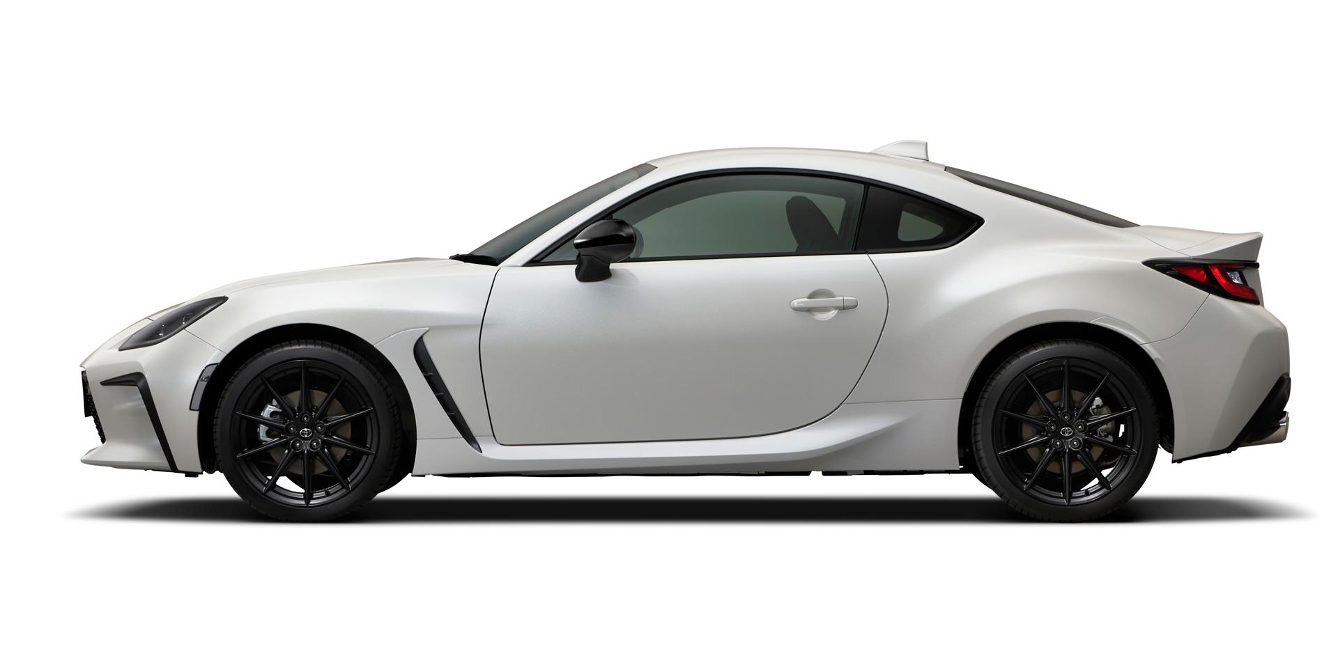 Toyota GR 86 white