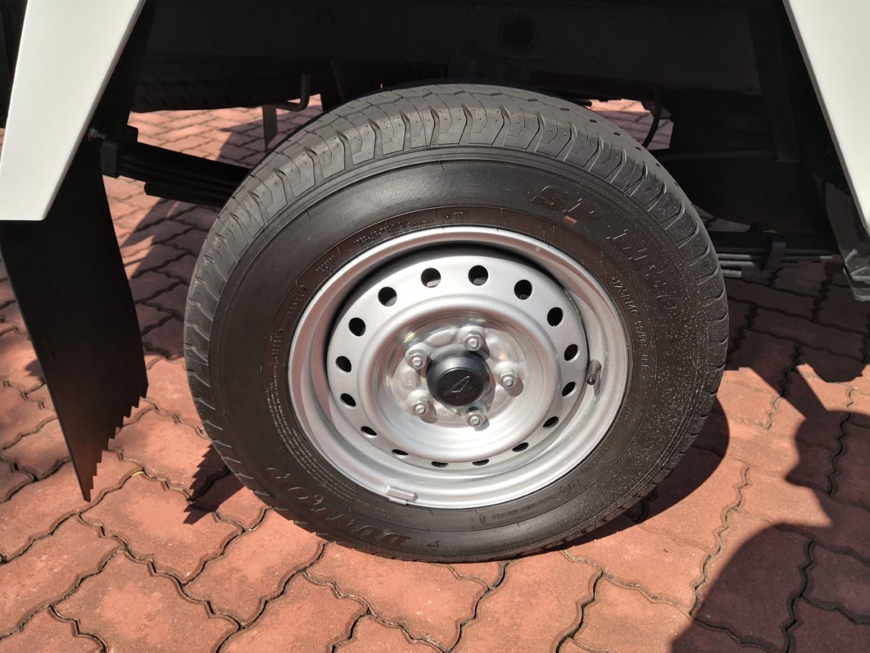 Daihatsu Gran Max Euro 4 tyre