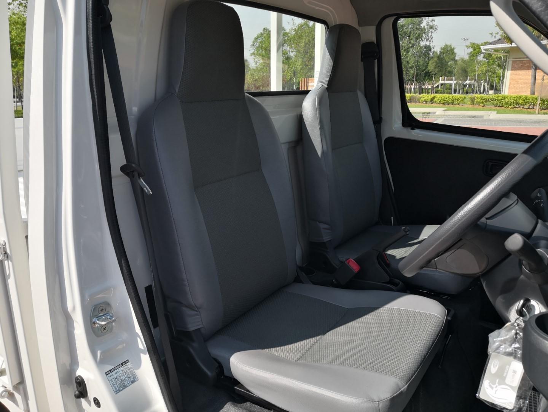 Daihatsu Gran Max Euro 4 seats
