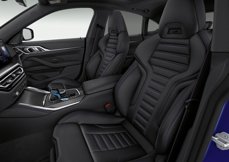 BMW i4 seats