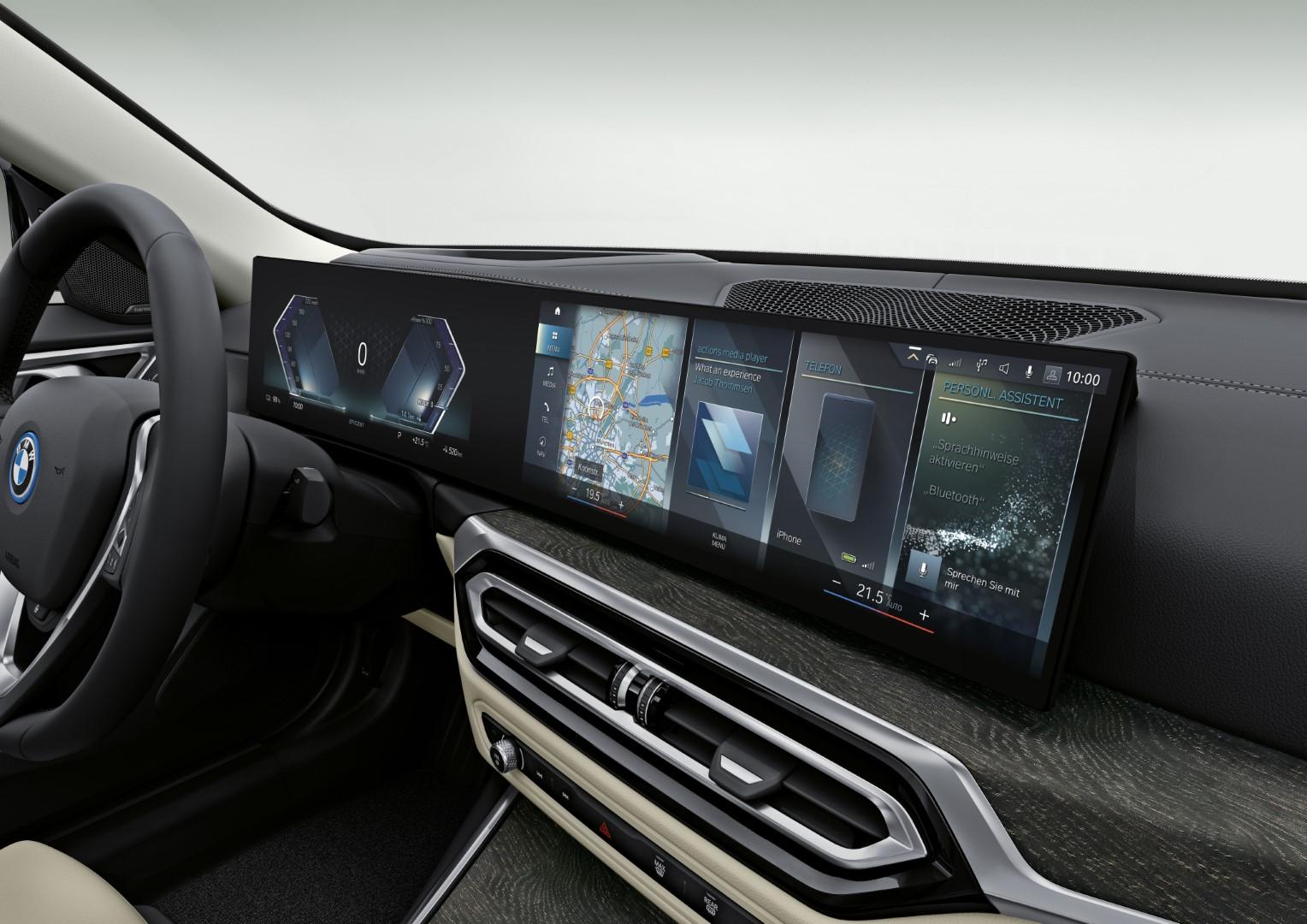 BMW i4 infotainment
