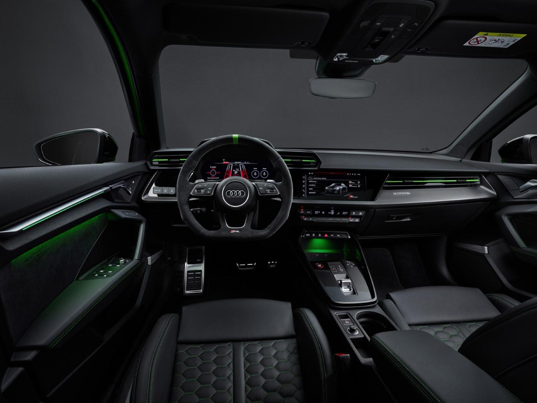 Audi RS3 cockpit
