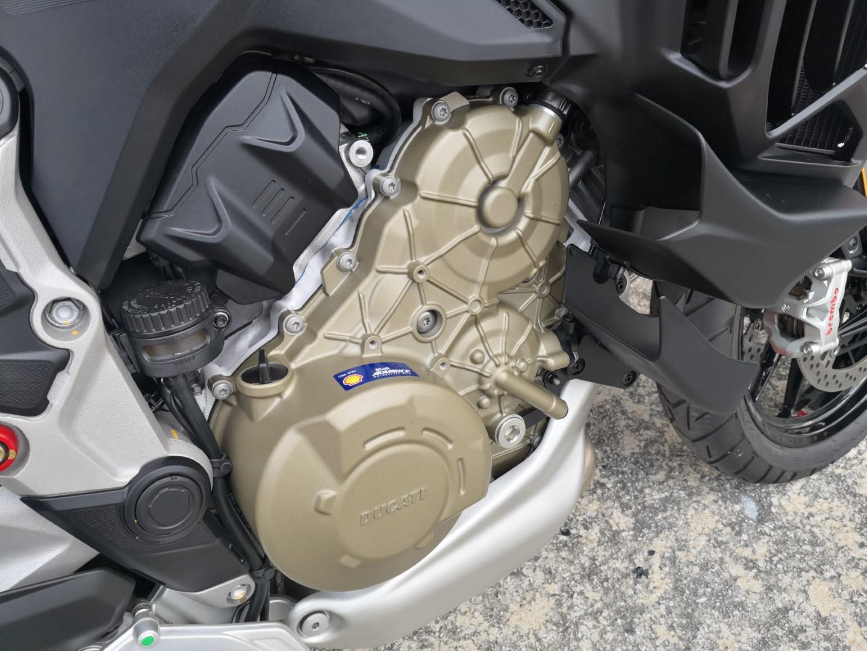 Ducati Multistrada V4S engine
