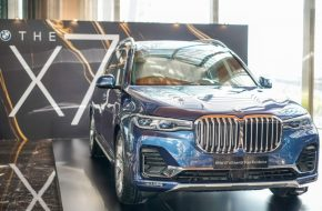 BMW X7 xDrive40i CKD Arrives – RM708k