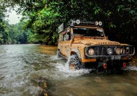 Paul's Defender takes on the Sarawak 4X4 Travel and Adventure Club (SAKTA) run
