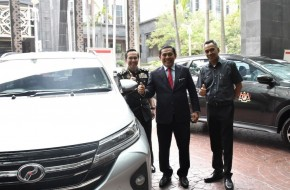KPDNHEP buys 55 Perodua Aruz and save money