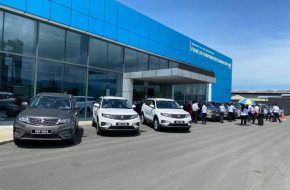 Proton Hands Eight More Units of X70 to Ministry of Health