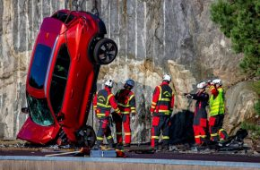 Volvo Drops 10 New Cars from 30 Metres Height in the Name of Safety