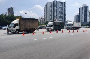 DEDICATED FAST LANES FOR  LORRIES AT ROADBLOCKS