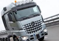 Mercedes-Benz Shows The SLT Heavy-Haulage Vehicle