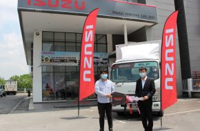 New Isuzu Dealer Celebrates First ELF Truck Handover