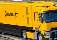 Renault Trucks range TS for the Renault Formula 1 Team
